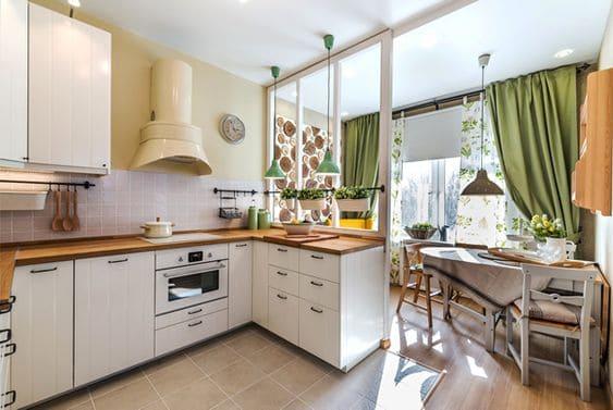 кухня в форме буквы п с балконом